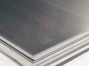 Лист нержавеющий 430(12Х17) 1,5 (1,25х2,5) лен+PVC